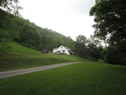 395 Hickory Hollow Rd, Coxs Mills, WV 26342