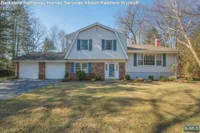 Berkshire hathaway homeservices abbott realtors real for 106 lakeview terrace ramsey nj