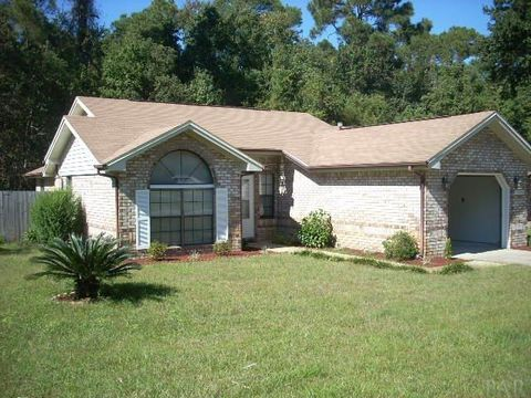7688 Old Hickory Dr, Pensacola, FL 32507