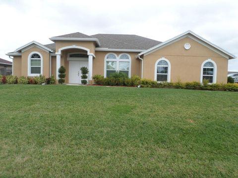 891 Se Celtic Ave, Port Saint Lucie, FL 34953