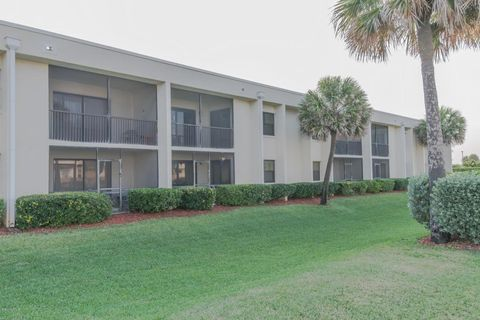 1950 Atlantic St Apt 224, Melbourne Beach, FL 32951