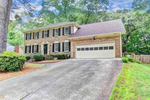 Photo of 763 Ridgeview Dr Sw, Lilburn, GA 30047