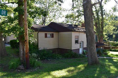 14834 Stone Rd, Newbury, OH 44065