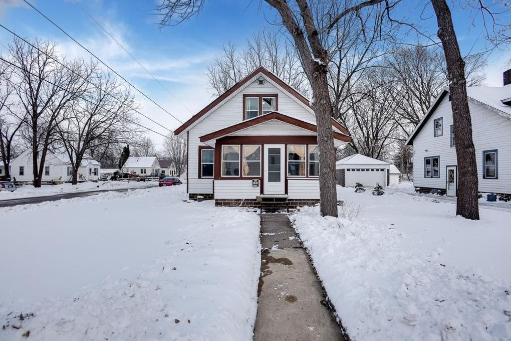 739 Lincoln Ave Nw, Faribault, MN 55021