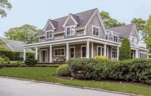 5 Redwood St, Dartmouth, MA 02748