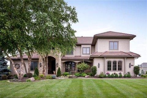Mills Farm Overland Park Ks Real Estate Homes For Sale Realtor Com