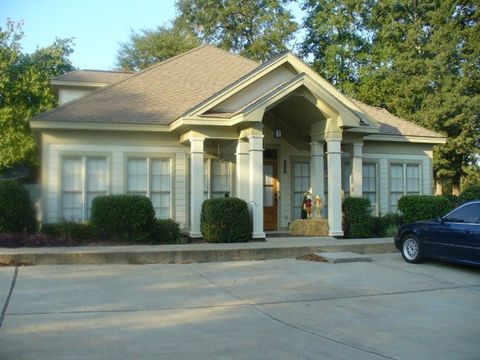 Photo of 502 Whatley Dr, Dothan, AL 36303