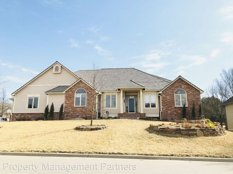 Photo of 1113 Terradyne Dr, Andover, KS 67002