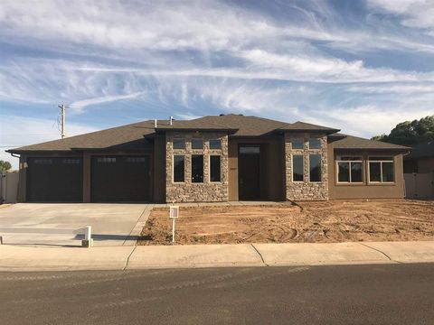 Photo of 2927 Iron Peak Ave, Grand Junction, CO 81503
