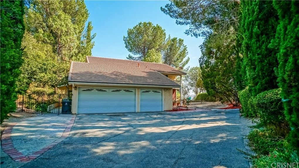 11569 Viking Ave, Porter Ranch, CA 91326