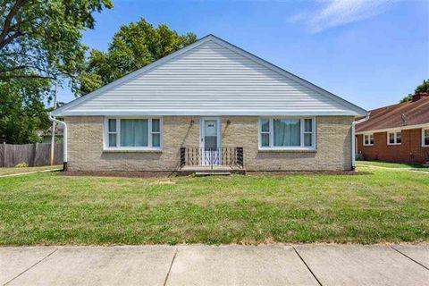Photo of 1819 Logan St Apt 4, Rockford, IL 61103