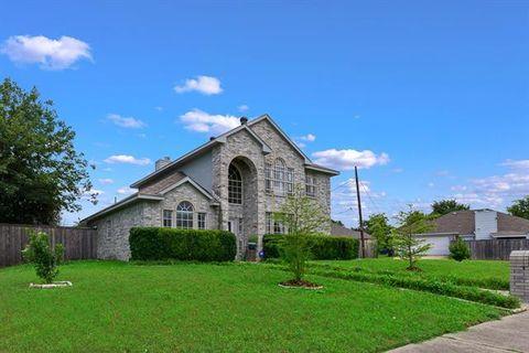 Photo of 5064 Clover Haven Ct, Dallas, TX 75227