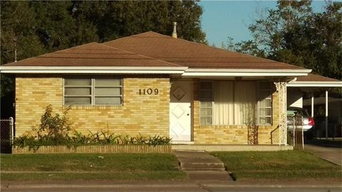 1109 Clearview Pkwy, Metairie, LA 70001