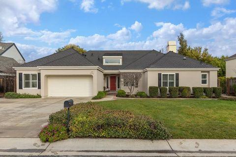 1545 Montebello Oaks Ct, Los Altos, CA 94024