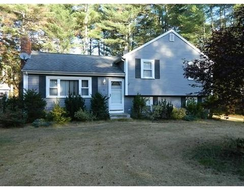 21 Great Meadow Dr, Carver, MA 02330