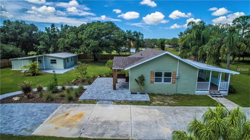 5860 Brown Ln Sarasota, FL 34232