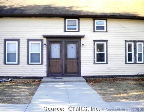19 N Walnut St, Plainfield, CT 06387