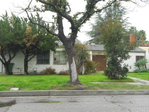 20540 Schoenborn St, Winnetka, CA 91306