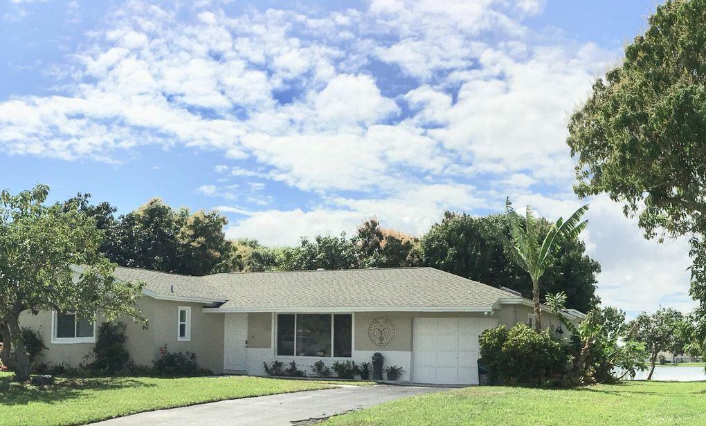 827 Patrick Dr, West Palm Beach, FL 33406