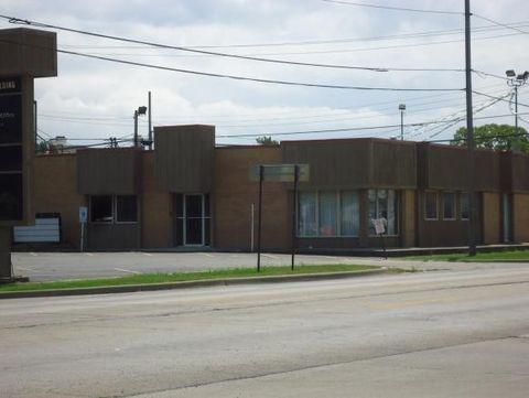 111 N Cedar St, Shelbyville, IL 62565