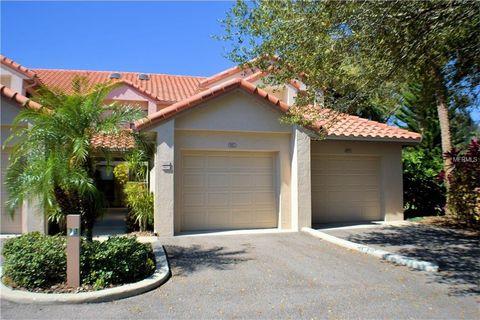 905 Royal Palm Cir, Winter Haven, FL 33884
