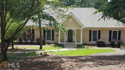 1211 Bennett Springs Dr Greensboro GA 30642