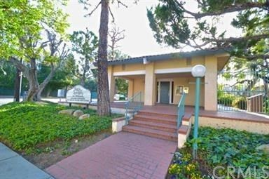 18307 Burbank Blvd Unit 85, Tarzana, CA 91356