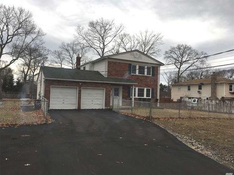 Photo of 66-68 Hawthorne Ave, East Islip, NY 11730