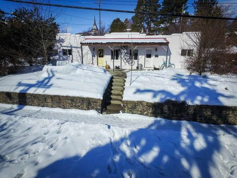 Photo of 938/940 W A St, Moscow, ID 83843
