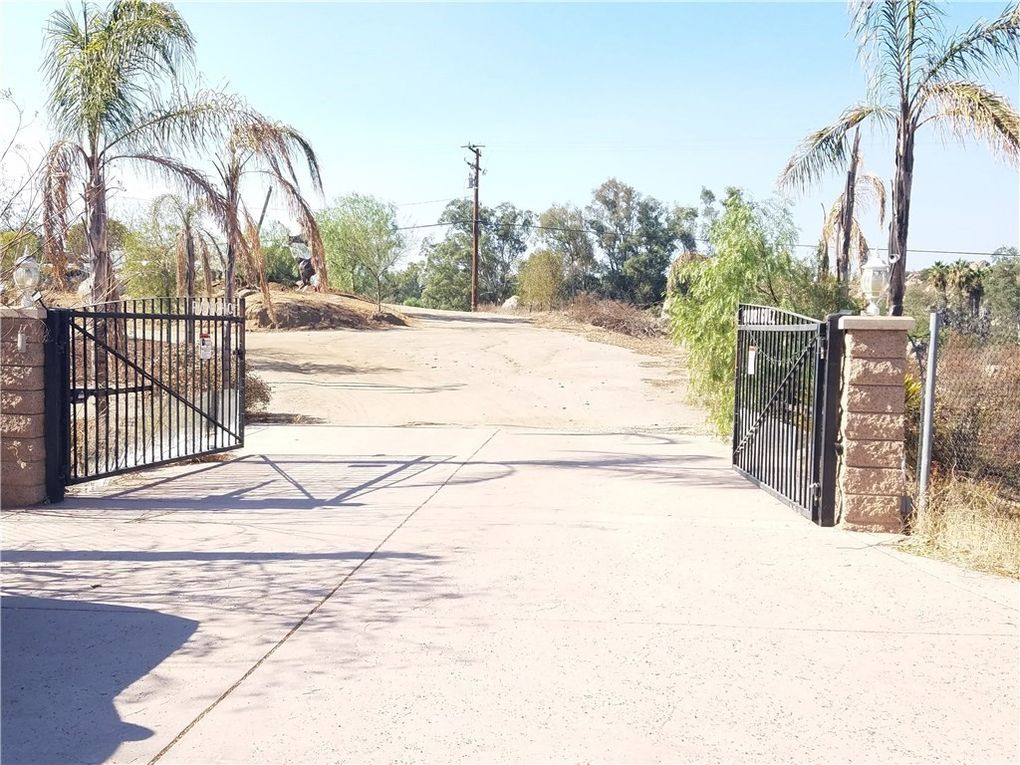 33940 Stagecoach Rd, Nuevo Lakeview, CA 92567