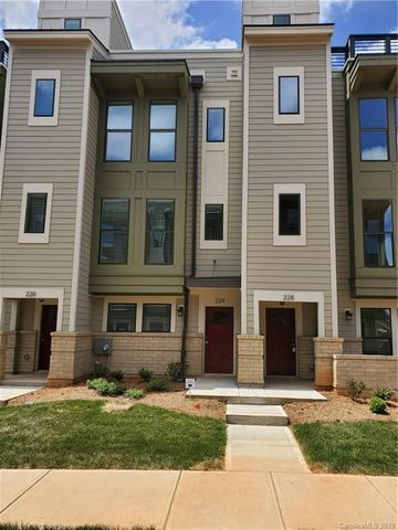 Photo Of 224 Uptown Dr W Unit 48 Charlotte Nc 28208