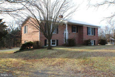456 Fawn Ridge Rd, Petersburg, WV 26847