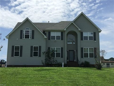 105 Regency Ln, Franklin, VA 23851