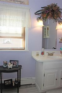 320 Wright St, Corry, PA 16407   Bathroom