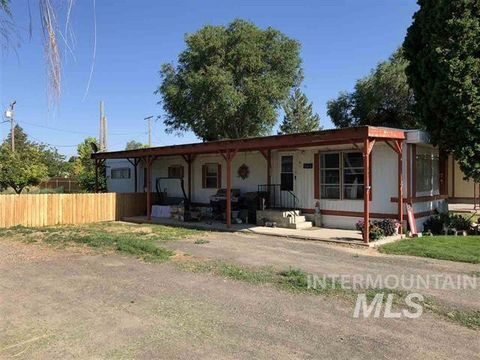 807 Stevens Ave, Filer, ID 83328