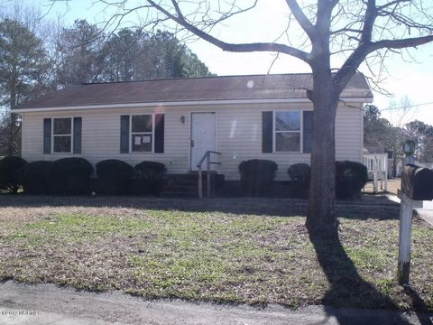 Photo of 212 Suggs St, Princeville, NC 27886