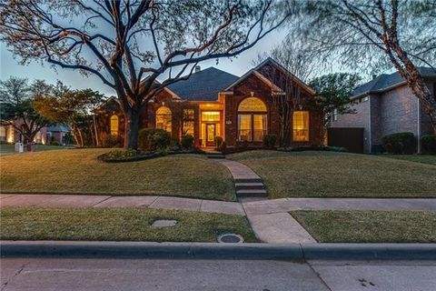 Photo of 9701 Southern Hills Dr, Plano, TX 75025