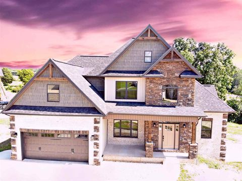 Photo of 4199 Harbor View Dr, Morristown, TN 37814