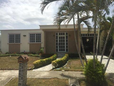 1736 Calle Llanura, Ponce, PR 00730