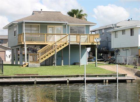 Photo of 822 Marlin St, Bayou Vista, TX 77563
