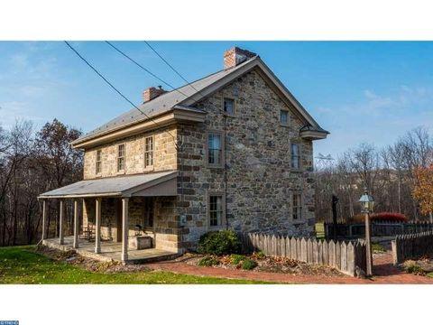 275 Farmhill Rd, Northampton, PA 18067