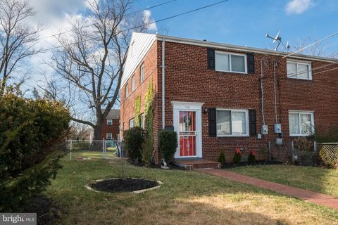 Photo of 2303 Wyngate Rd, Suitland, MD 20746