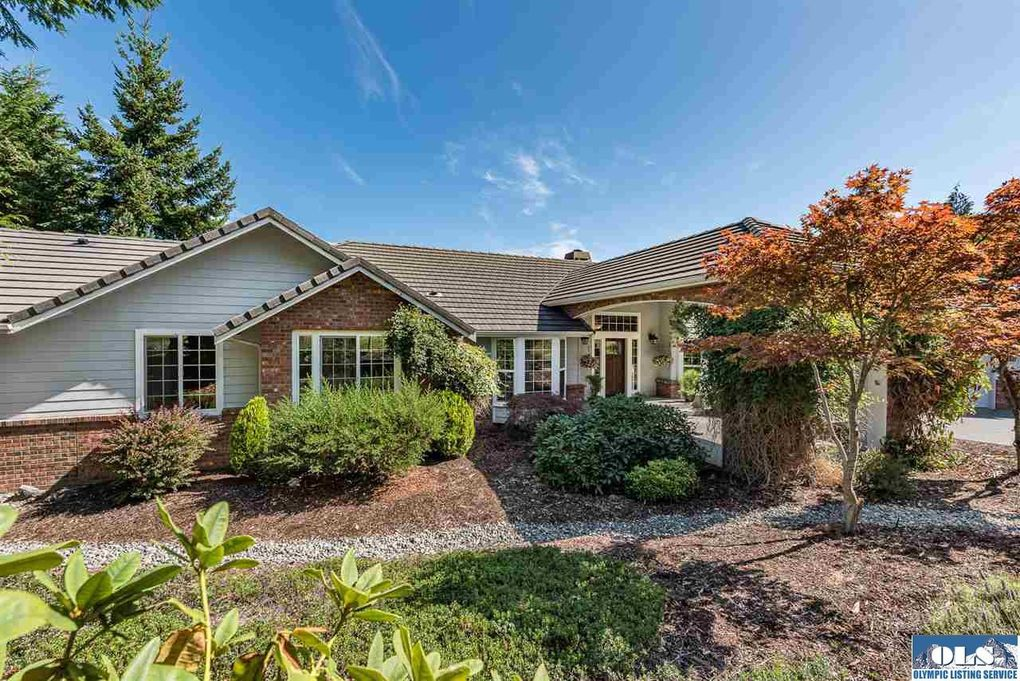 21 Elk Pass Rd Sequim, WA 98382