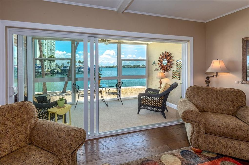 6201 2nd St E Apt 75 Saint Pete Beach, FL 33706