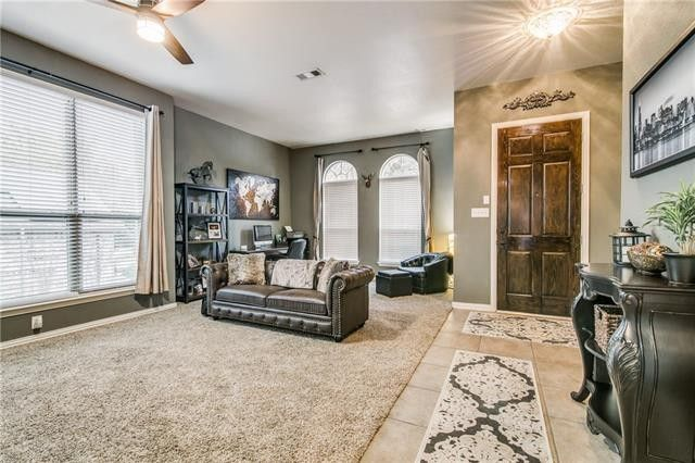 102 Cole St, Forney, TX 75126