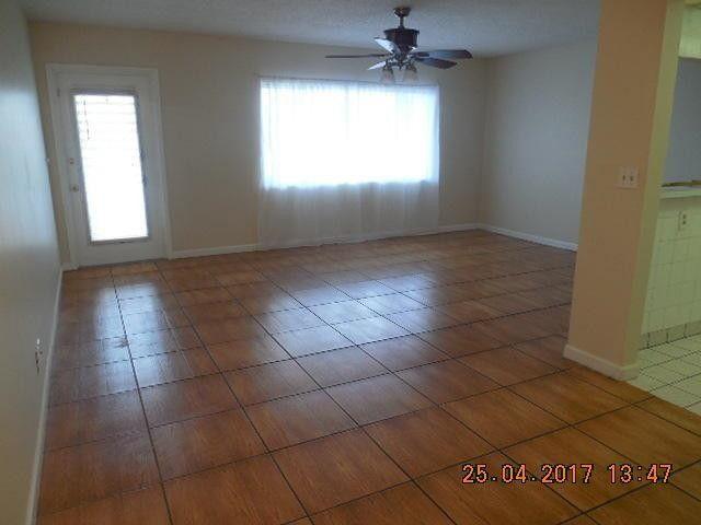 2200 Springdale Blvd Apt 215, Palm Springs, FL 33461