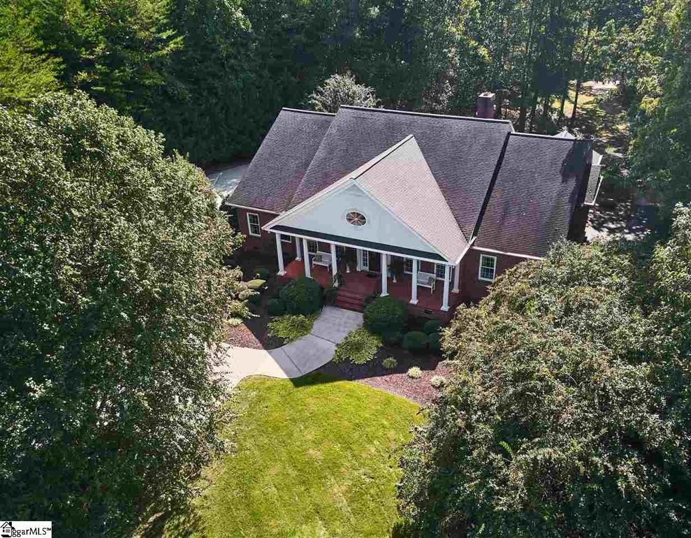 131 Chastain Rd, Taylors, SC 29687