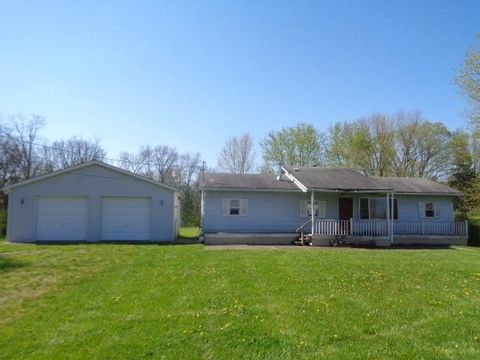 5998 W Elkton Gifford Rd, Somerville, OH 45064