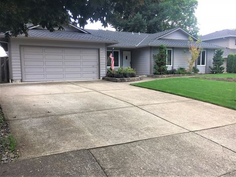 Photo of 7030 Sw Molalla Bend Rd, Wilsonville, OR 97070