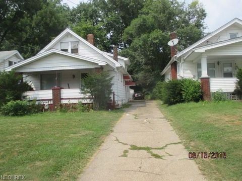 326 E Avondale Ave, Youngstown, OH 44507